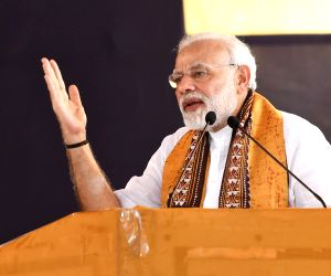 Tagore's vision shows the way in maintaining world peace: Modi