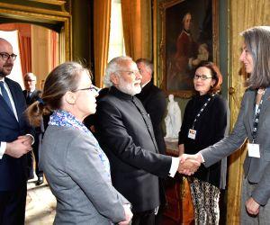Brussels (Belgium): PM Modi meets CEOs of Belgium companies