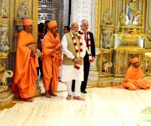 Modi-Turnbull visit Akshardham temple