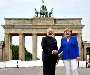 Modi-Merkel at Brandenburg Gate