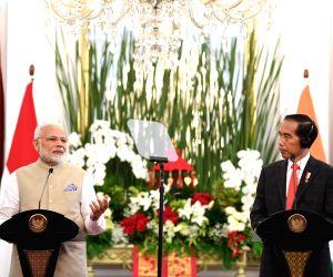 Jakarta (Indonesia): PM Modi, Indonesian President issue Joint Press Statement