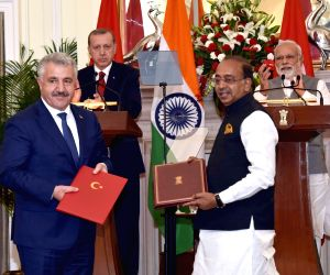 India, Turkey signs agreements
