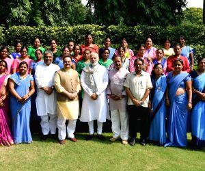 PM Modi meets ASHA workers