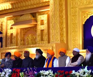 Modi at 350th Prakash Parv celebrations of Guru Gobind Singh