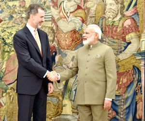 Madrid (Spain): Modi calls on Spanish King