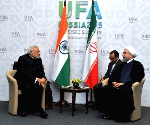 Ufa (Russia): Modi meets Iran President