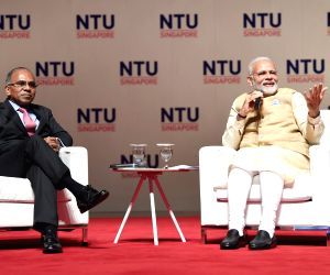 Modi visits Nanyang Technological University