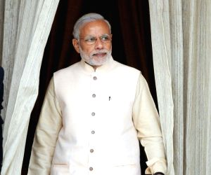 Modi holds bilateral meeting with African leaders