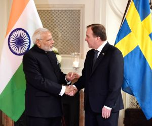 Modi meets Swedish PM