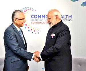 CHOGM 2018 sidelines - Modi, Pravind Kumar Jugnauth