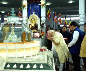 Modi pays tribute at Deekshabhoomi
