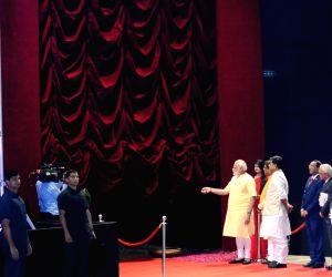 Modi unveils the statue of Pandit Deendayal Upadhyay