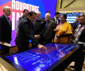 St. Petersburg: Modi visits the Make in India Pavilion