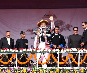 Prime Minister Narendra Modi with Arunachal Pradesh Governor Brigadier (Retd.) B.D. Mishra, Chief Minister Pema Khandu at the inauguration of Dorjee Khandu State Convention Centre, in ...
