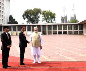 Jakarta (Indonesia): PM Modi, Indonesian President visit Istiqlal Mosque