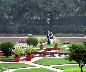 Modi with UK PM at Hyderabad House