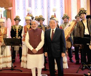 PM Modi at the official lunch hosted by the Kazakhstan President