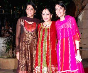 Priya Dutt, Manyata Dutt and Namrata Dutt at Mata ki Chowki at Bandra.
