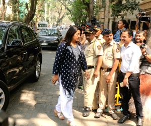 Anu Ranjan arrive to stand by grief struck Kapoor family