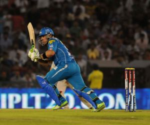 Pune Warriors player Aaron Finch in action during the match between Kings XI Punjab and Pune Warriors