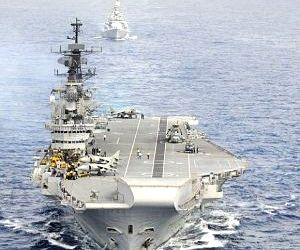 INS Viraat gets new commander