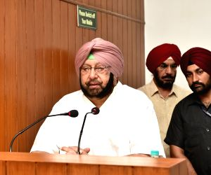 Don't curtail role of Punjab, Haryana officers in Chandigarh: Amarinder