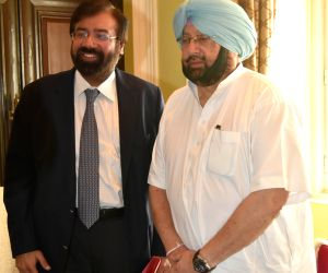 Punjab CM meets  Harsh Goenka