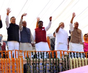 Senior BJP leaders during swearing-in ceremony of Vasundhara Raje