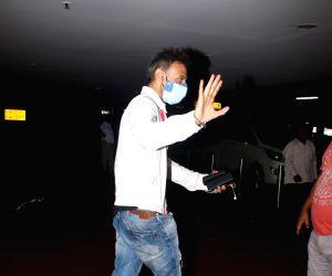 :  Rahul Dev Spotted At Airport Departure in Mumbai