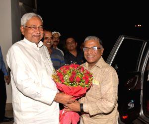 Rajya Sabha Deputy Chairman Harivansh Narayan Singh meets Bihar Chief Minister Nitish Kumar in Patna on Aug 11, 2018.