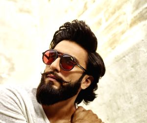 Ranveer Singh makes a das