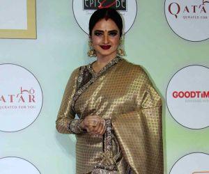 Rekha on posing next to Big B pic: 'Yahaan danger zone hai'