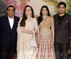 Sonam Kapoor and Anand Ahuja's wedding reception - Mukesh Ambani, Nita Ambani, Akash Ambani and Shloka Mehta