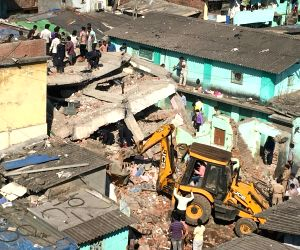 Thane building collapse: Many feared trapped
