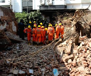 Delhi building collapse