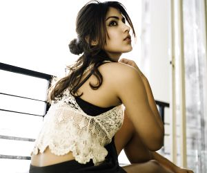Not defined to be in any mould: Rhea Chakraborty ()