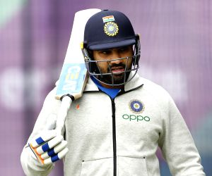 Rohit agrees to help Pakistan batsmen after becoming coach