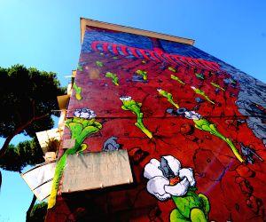 Mural created by Spanish muralist Liqen in San Basilio