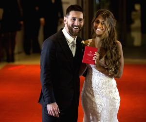 Messi's family, friends celebrate his 31st birthday