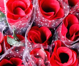 Valentine's Day in Office: Instructions and Tips