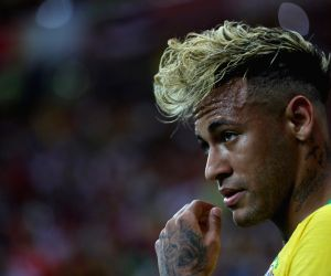 Desailly slams Neymar's 'individual play'