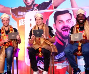 AB De Villiers, Shane Watson and Chris Gayle during a promotional event