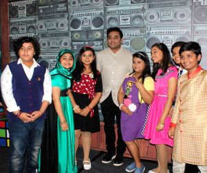 Sa Re Ga Ma Pa Li'l Champs Celebrate Mom's Day With A. R. Rahman