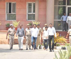 Kapil Mishra at Anti-Corruption Bureau