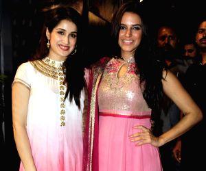 Bollywood came to Navratri utsav to promote their film