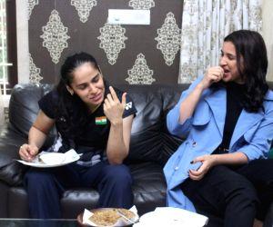 Saina Nehwal treats Parineeti Chopra with mother's special aloo parathas