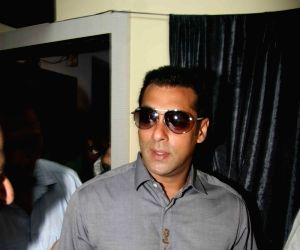 Salman Khan at Milind Deora's Computer Institute donation at Byculla.