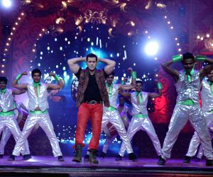 Salman Khan to perform in BIG Star Entertainment Awards 2015 ()