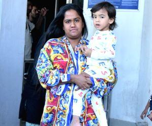 Arpita Khan Sharma arrives to attend Priyanka's wedding