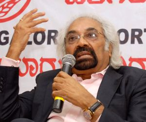 No change in Rahul Gandhi's programme in London: Sam Pitroda